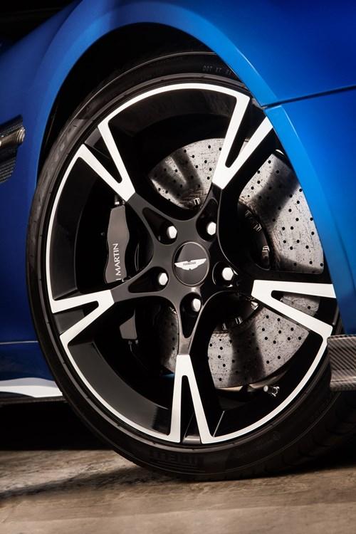 Aston Martin gioi thieu Vanquish S manh gan 600 ma luc hinh anh 6