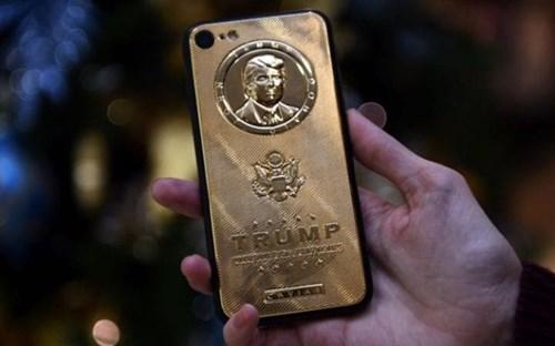 Donald Trump tu choi 'len doi' smartphone hinh anh 1