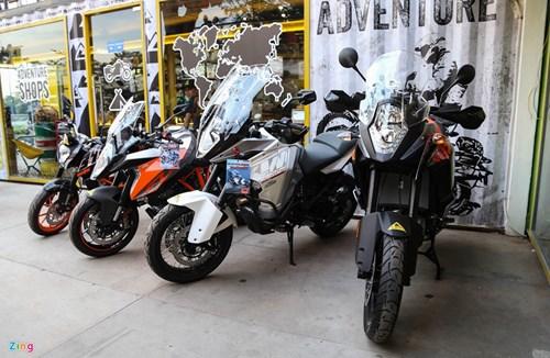 Hang chuc moto va sieu xe tap trung o Sai Gon hinh anh 15