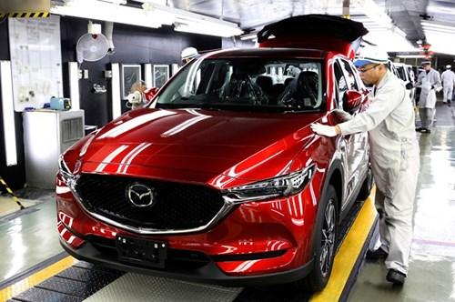 Mazda CX-5 2017 dau tien xuat xuong tai Nhat Ban hinh anh 2