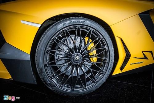 Sieu xe mui tran Lamborghini Aventador Roadster doc nhat VN hinh anh 5