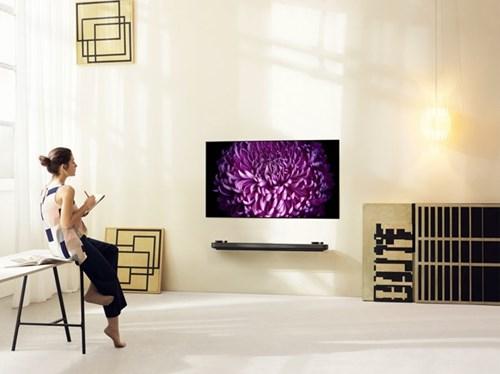 LG tung dong Signature OLED TV tai CES 2017 hinh anh 1