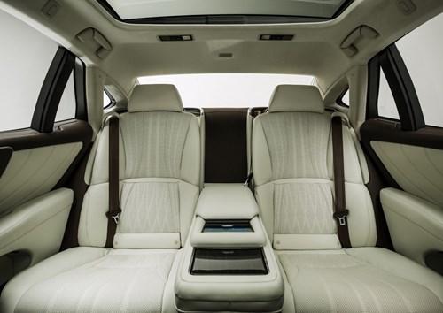 Audi Q8 concept: Thach thuc moi cua BMW X6 hinh anh 7