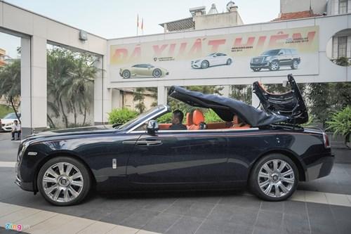 Xe mui tran Rolls-Royce Dawn gia hon 30 ty doc nhat Viet Nam hinh anh 3