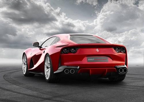 Lamborghini Aventador S gọi, Ferrari 812 Superfast trả lời - Ảnh 4.