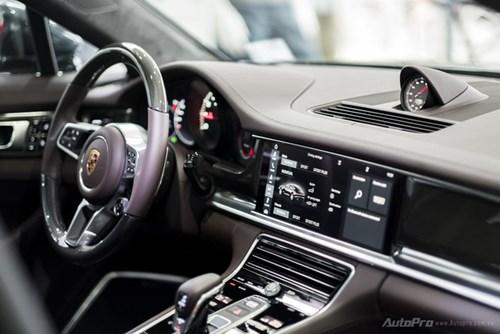 Porsche Panamera 2017 giá hơn 12 tỷ Đồng đầu tiên xuất hiện tại Việt Nam - Ảnh 5.
