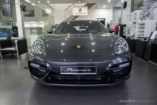 Porsche Panamera 2017 giá hơn 12 tỷ Đồng đầu tiên xuất hiện tại Việt Nam - Ảnh 2.