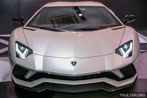 Cận cảnh Lamborghini Aventador S giá 9,22 tỷ Đồng chưa thuế tại Đông Nam Á - Ảnh 3.