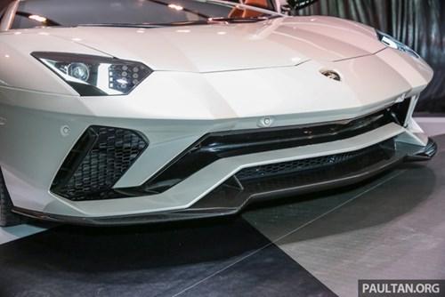 Cận cảnh Lamborghini Aventador S giá 9,22 tỷ Đồng chưa thuế tại Đông Nam Á - Ảnh 4.