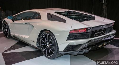 Cận cảnh Lamborghini Aventador S giá 9,22 tỷ Đồng chưa thuế tại Đông Nam Á - Ảnh 5.
