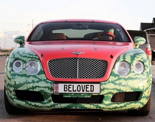 Choáng với xe sang Bentley Continental GT phiên bản dưa hấu - Ảnh 2.