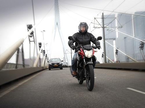 Yamaha YS125 - Xe naked bike cho người mới chơi mô tô - Ảnh 12.