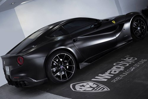 """Cường """"Đô-la"""" thay áo đen nhám cho siêu xe Ferrari F12 Berlinetta """"hàng độc"""" - Ảnh 4."""