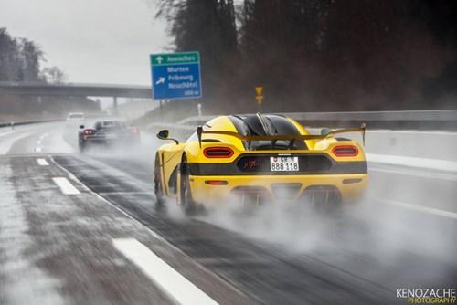 Xem 7 chiếc siêu xe Koenigsegg đồng thanh khoe tiếng thở tại Thụy Sĩ - Ảnh 9.