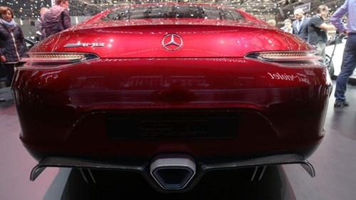 Xem quả bom sex 4 bánh Mercedes-AMG GT Concept lăn bánh ra khỏi triển lãm Geneva 2017 - Ảnh 4.