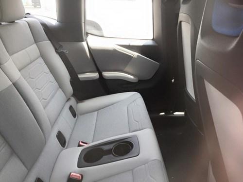 Xe điện BMW i3 của ông chủ Mai Linh tái xuất tại Sài thành - Ảnh 8.