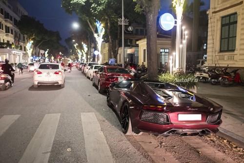 Bắt gặp Lamborghini Aventador Roadster màu cánh gián đi chơi cuối tuần - Ảnh 9.