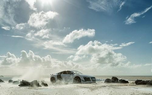 Audi đặt làm quảng cáo xe sang giá 160.000 đô, anh chàng này chỉ dùng 40 đô, thêm tài Photoshop mà làm sản phẩm đẹp không tin được - Ảnh 12.