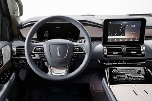 SUV hạng sang cỡ lớn Lincoln Navigator 2018 ra mắt với thiết kế thanh lịch và nội thất tiện nghi - Ảnh 11.