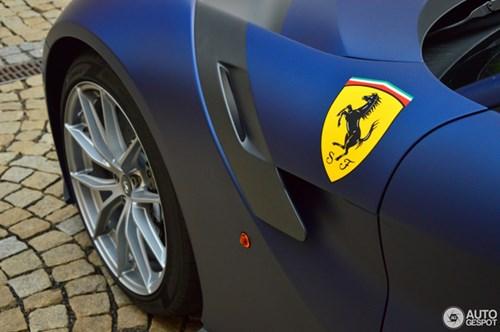 Hàng hiếm Ferrari F12tdf màu lạ xuất hiện tại Cộng hòa Séc - Ảnh 7.