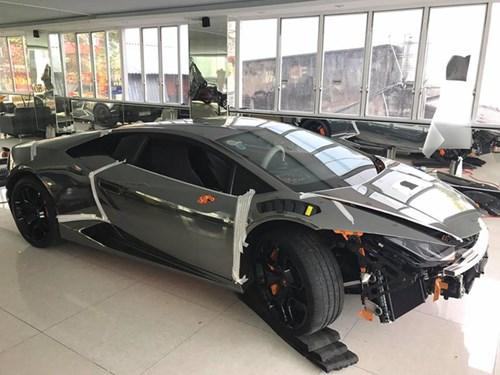 Lamborghini Huracan độ Novara Edizione độc nhất Việt Nam được cho lên áo crôm - Ảnh 2.