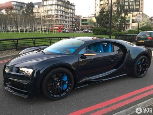 Vẻ đẹp của siêu xe 2,5 triệu USD, Bugatti Chiron đầu tiên tại Anh quốc - Ảnh 6.