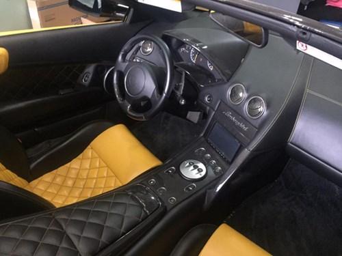 Lamborghini Murcielago LP640 mui trần độc nhất Việt Nam dạo phố Pleiku - Ảnh 3.