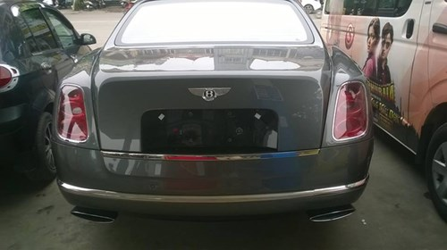 Bentley Mulsanne độ mâm khủng tại Hà thành - Ảnh 4.