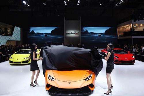 Siêu xe Lamborghini Huracan Performante chính thức ra mắt châu Á - Ảnh 1.