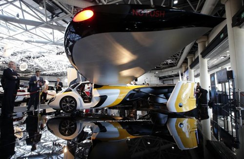 Cận cảnh ô tô bay triệu đô trong triển lãm nhà giàu Top Marques Monaco 2017 - Ảnh 6.