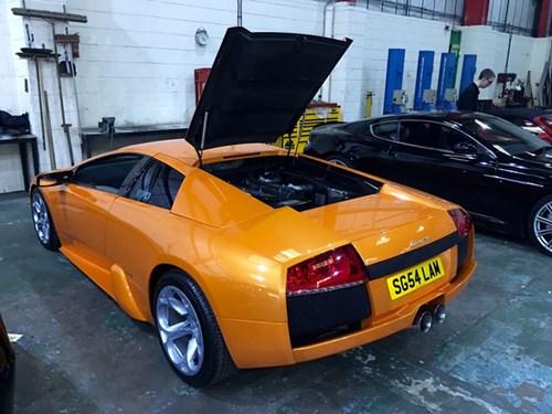 Chiếc Lamborghini Murcielago chạy nhiều nhất thế giới đã ngốn gần 11 tỷ Đồng trong 13 năm - Ảnh 4.