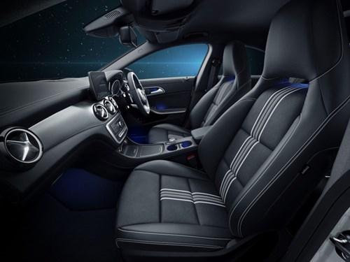 Mercedes-Benz ra mắt CLA đặc biệt cho fan cuồng Star Wars - Ảnh 2.