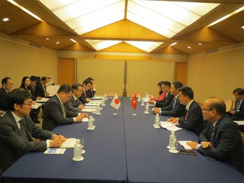 Việt Nam kêu gọi quốc tế đầu tư vào lĩnh vực khí LNG