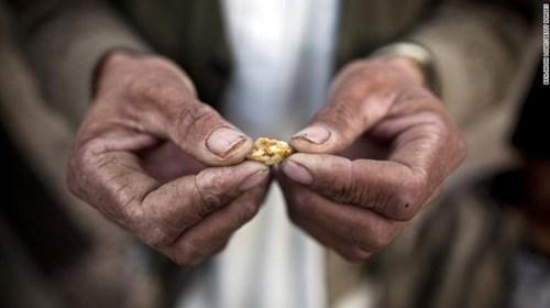 Taliban đang ngồi trên đống vàng trị giá 1.000 tỷ USD - Ảnh 2.