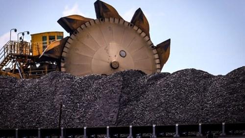 Giá than tăng nóng hơn 100% bất chấp làn sóng tẩy chay nhiên liệu hóa thạch - Ảnh 1.