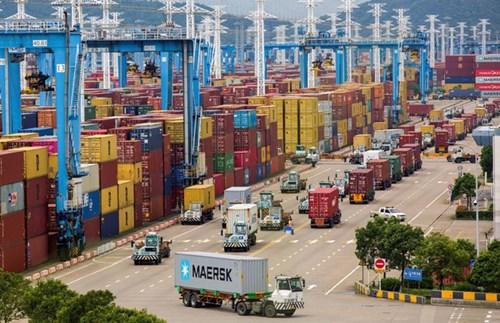 Tắc nghẽn chuỗi cung ứng toàn cầu: Mối đe dọa lớn cho mùa mua sắm cuối năm - Ảnh 2.