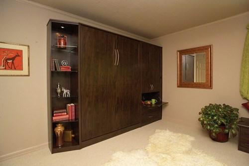 Tủ quần áo với vân gỗ sang trọng tinh tế