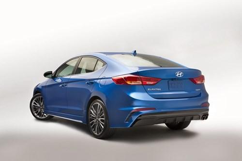 Hyundai Elantra Sport 2017 dung dong co tang ap tai My hinh anh 3