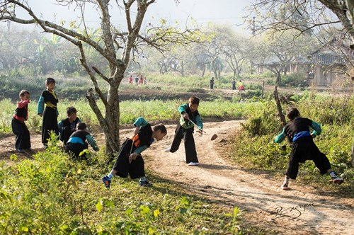 wanderlust-tips-toi-moc-chau-thang-12-am-lich-de-don-tet-cung-nguoi-hmong-3