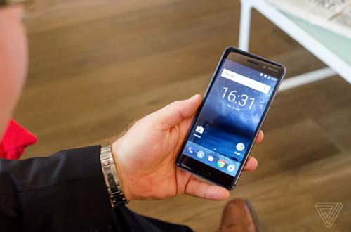 Nokia 3 va Nokia 5 ra mat: Vo kim loai, gia 147 va 199 USD hinh anh 1