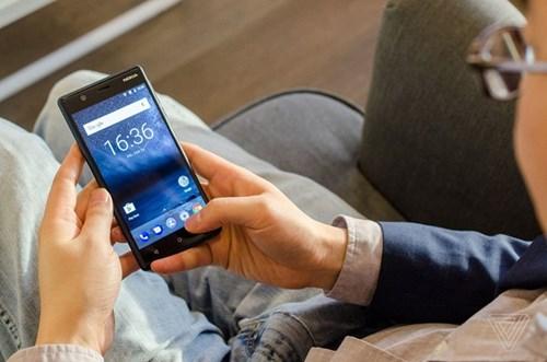 Nokia 3 va Nokia 5 ra mat: Vo kim loai, gia 147 va 199 USD hinh anh 2