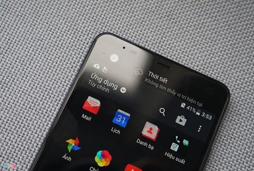 Mo hop HTC U Ultra: Bom tan dau nam hinh anh 4
