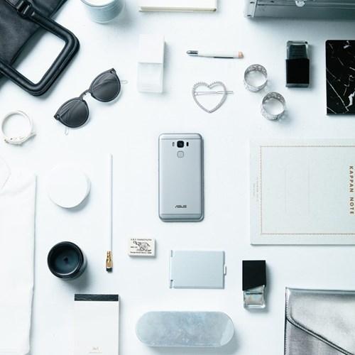 4 mau sac ca tinh cua ZenFone 3 Max 5,5 inch cho phai dep hinh anh 3