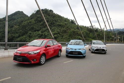 Toyota Việt Nam tiếp tục ưu đãi cho khách mua Vios và Altis