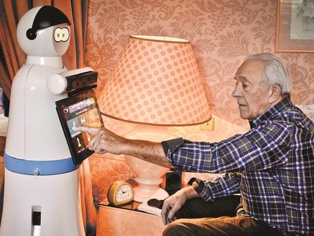 Robot cho người già