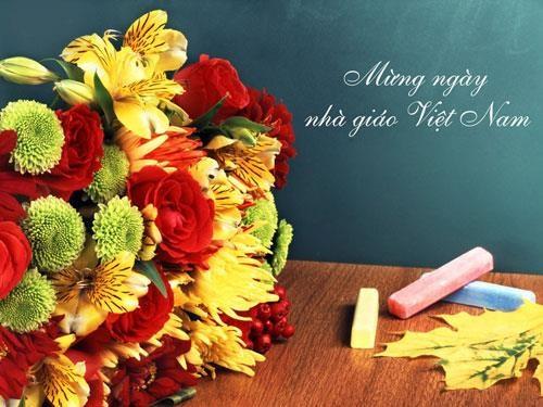 Thị trường hoa và quà tặng 20/11: Quà tặng handmade đầy ý nghĩa tặng thầy cô