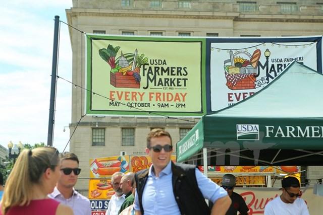 """Thực phẩm sạch qua góc nhìn """"Trang trại đến Bàn ăn"""" của người Mỹ"""