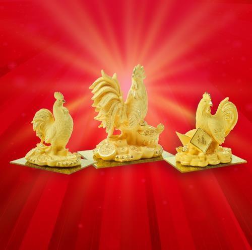 Thị trường vàng ngày Vía Thần tài: Nhiều sản phẩm vàng hình gà độc, lạ