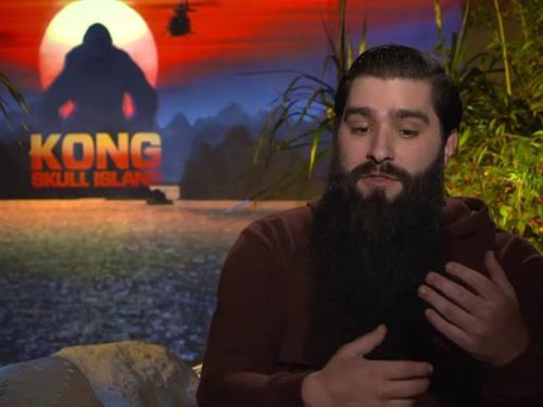 """Đạo diễn """"Kong: Skull Island"""" định mua nhà ở TP HCM và làm tiếp phim ở Việt Nam"""
