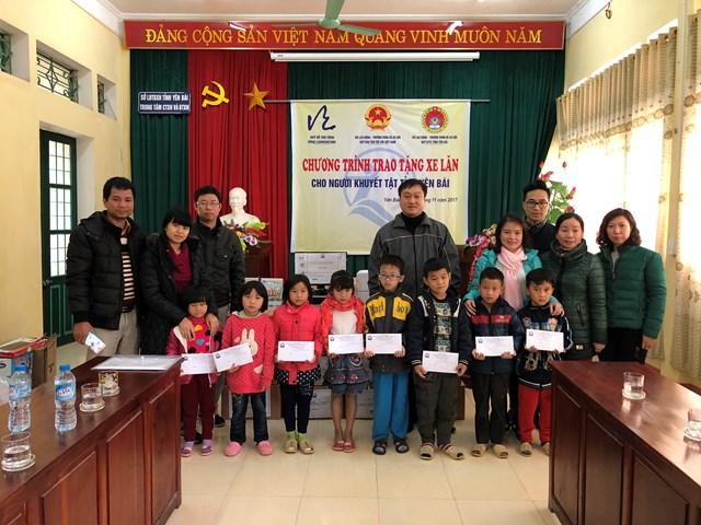 Trung tâm Thông tin CN&TM (VITIC) thực hiện chuyến từ thiện tại Yên Bái